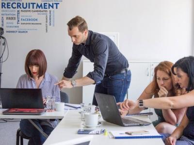 Talent Sourcing: Zjistěte, jak se dostat ke každému kandidátovi