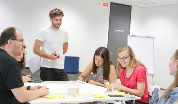 Jak využít inovační metodologie k vylepšení náborového procesu – s Martinem Šafaříkem z Happiness at Work